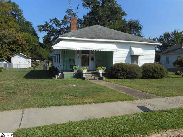Greater Greenville SC Area Real Estate - Joanna SC -  2 Bedroom Home  for sale  www.century21gresham.com
