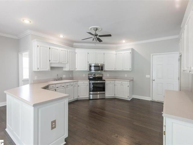 Photo of 4 Shannon Creek Court